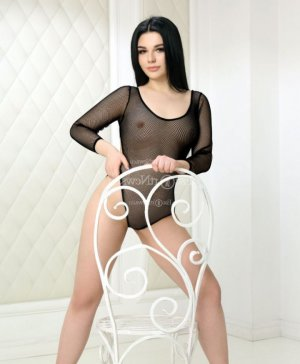 Louize live escort in South San Francisco and nuru massage