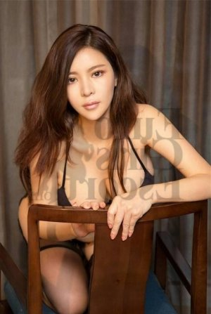 Guermia live escorts, thai massage