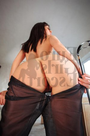 Vickie live escort & thai massage