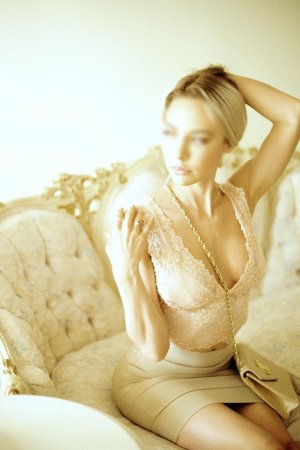 Idylle escorts in Georgetown