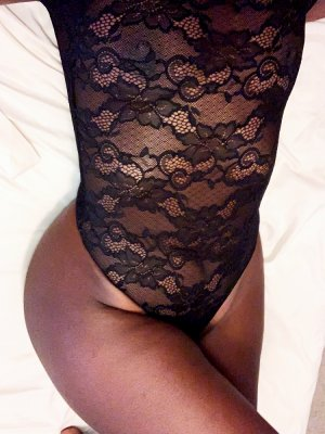 Dunja live escort in Orangeburg & nuru massage